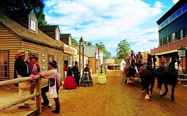 tour du lịch úc làng cổ